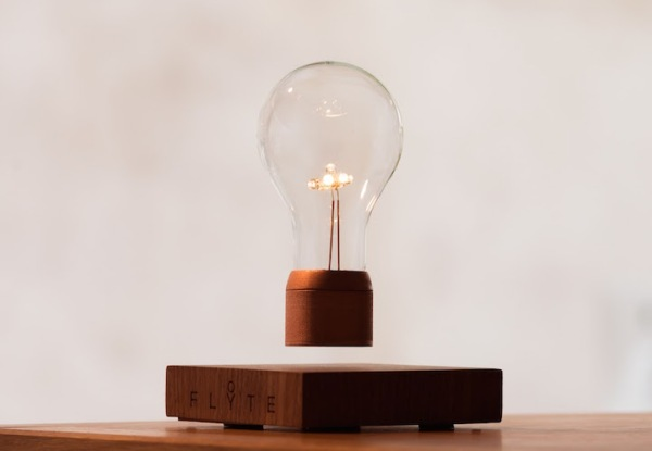 flyte-lightbulb-2