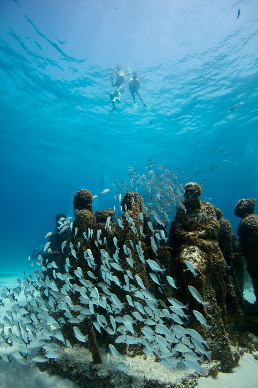Underwater-Sculptures-by-Jason-de-Caires-Taylor-4