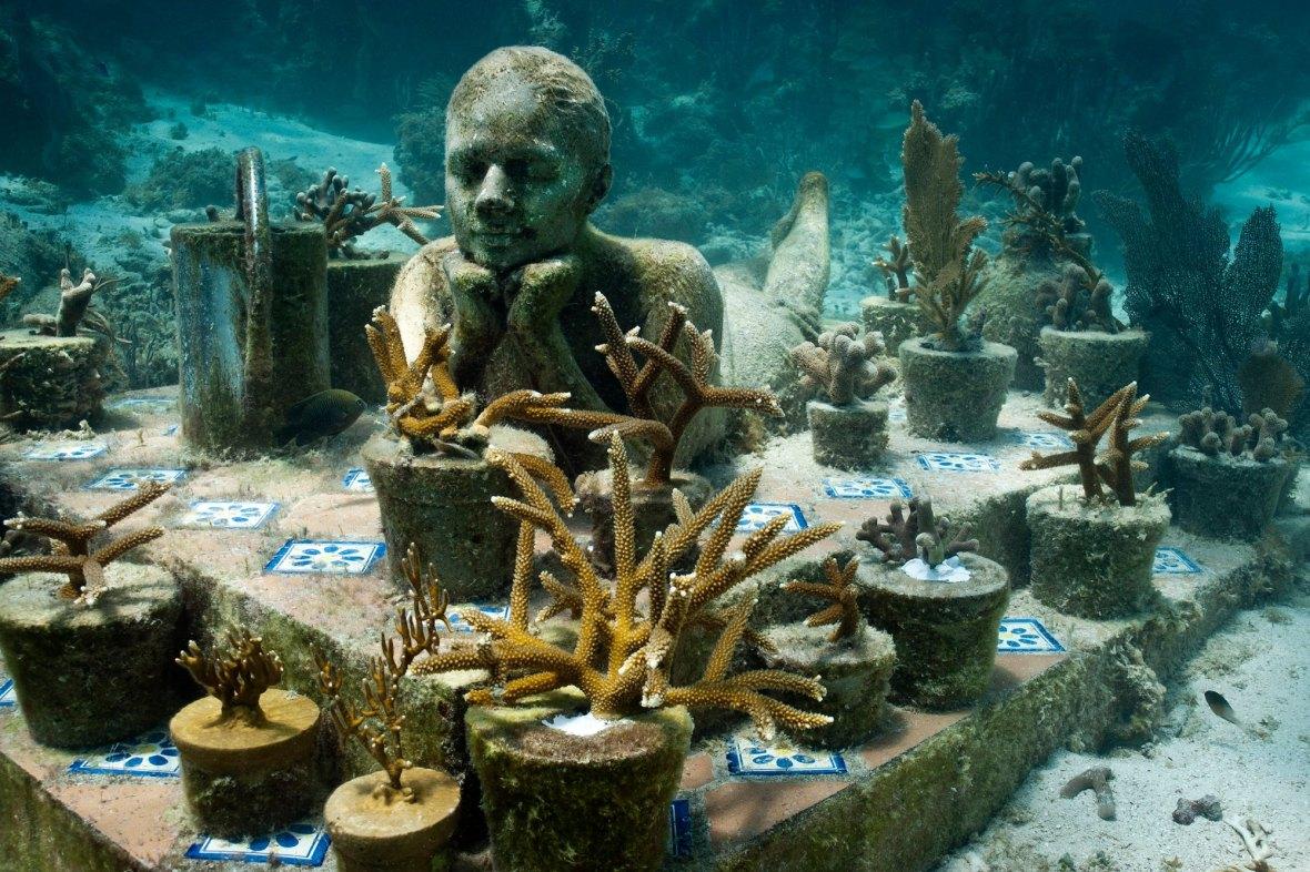 Underwater-Sculptures-by-Jason-de-Caires-Taylor-5