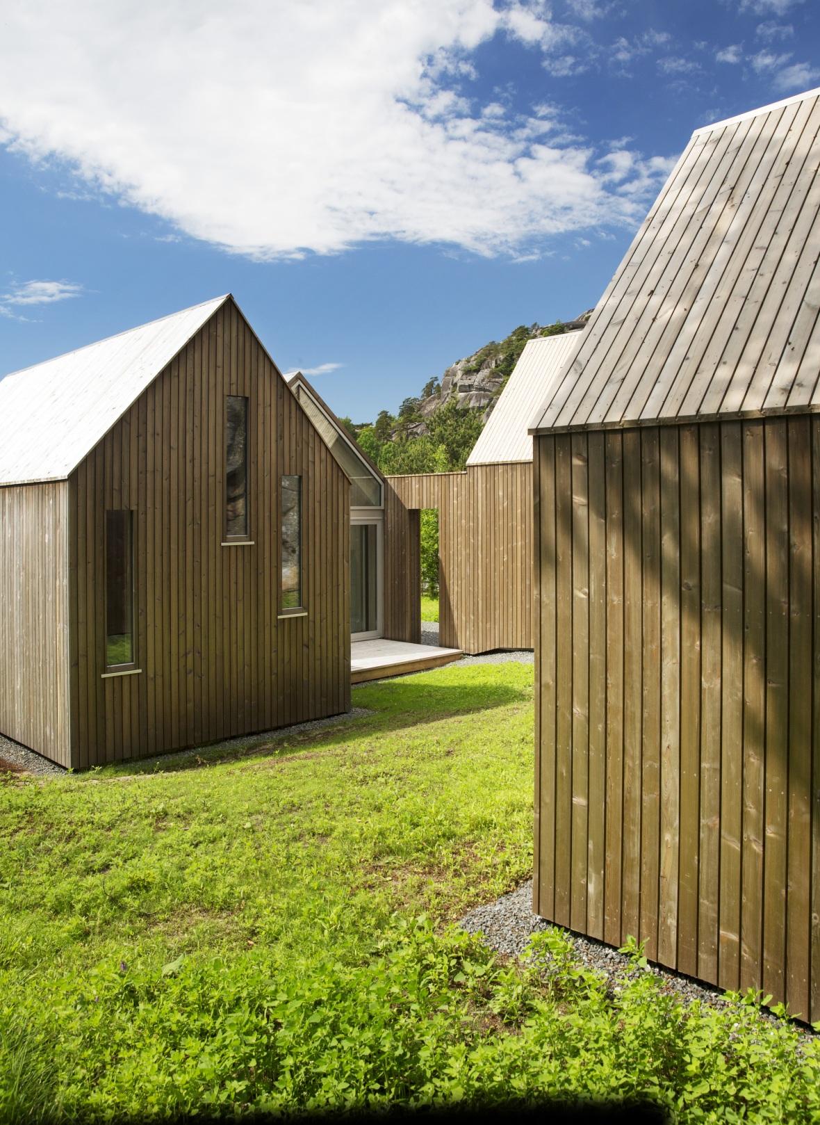 reiulf-ramstad-micro-cluster-cabins-1