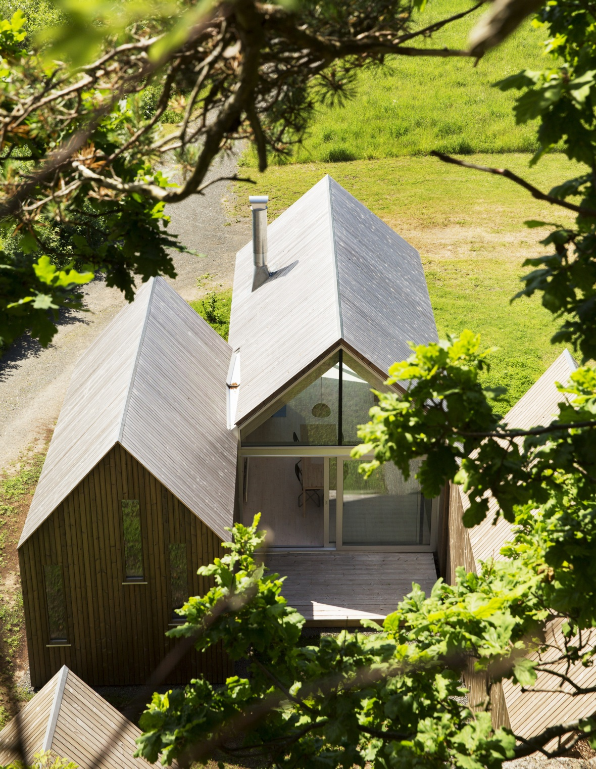 reiulf-ramstad-micro-cluster-cabins-8