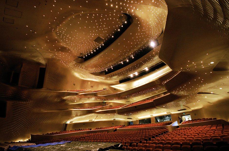 zaha-hadid-guangzhou-opera-house-china