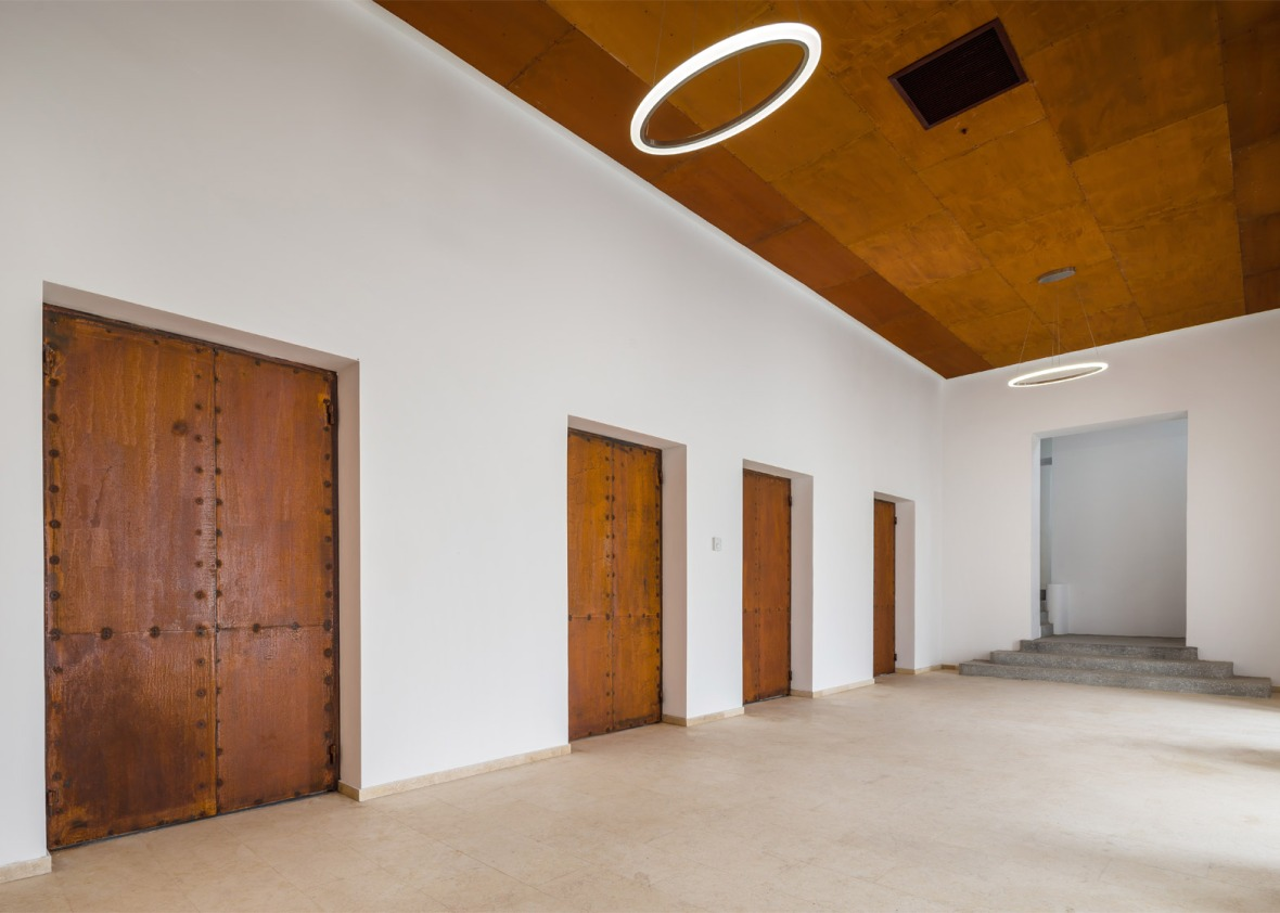 cultural-palace-romania-blaj-architect-romanic-vlad-rusu-6