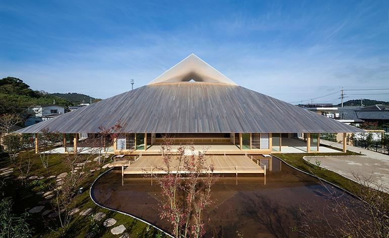 naoshima-hall-hiroshi-sambuichi-2
